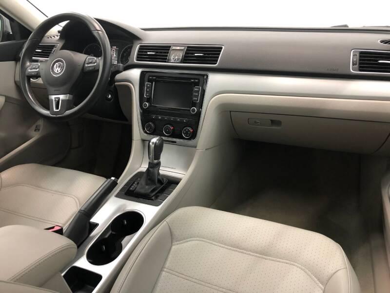 2013 Volkswagen Passat TDI SE 4dr Sedan 6A w/ Sunroof - Philadelphia PA
