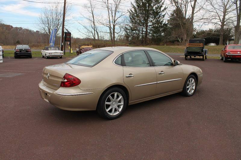 2005 Buick LaCrosse CXS 4dr Sedan w/ Front and Rear Head Airbags - Harleysville PA