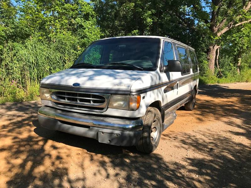 1997 Ford E-150 car for sale in Detroit