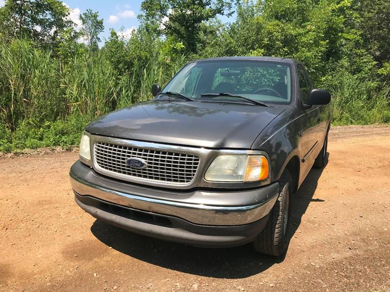 2004 Ford F-150 Heritage car for sale in Detroit