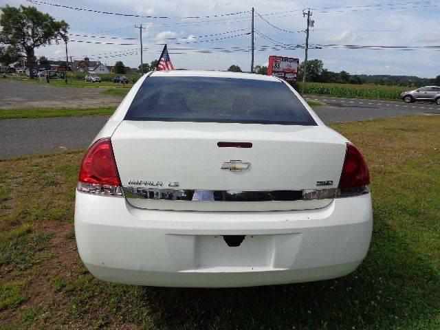 2007 Chevrolet Impala LS (image 4)