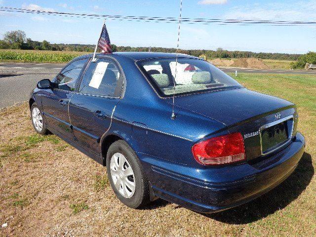 2005 Hyundai Sonata GL (image 3)