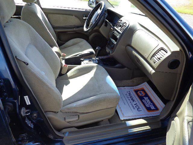2005 Hyundai Sonata GL (image 12)