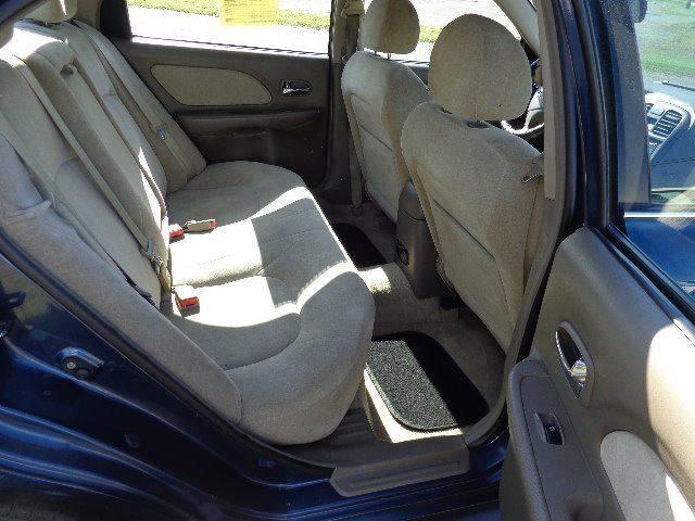 2005 Hyundai Sonata GL (image 13)