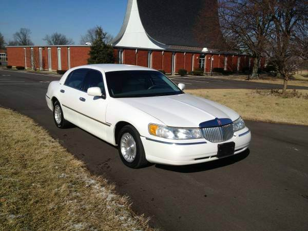1998 Lincoln Town Car Executive 4dr Sedan In Lexington Ky Royal