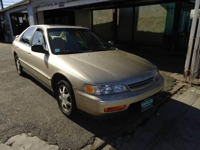 1995 Honda Accord EX 4dr Sedan   Los Angeles CA