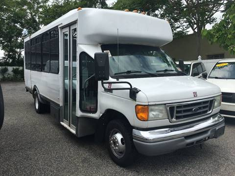 2006 Ford E-350 for sale in Neptune, NJ