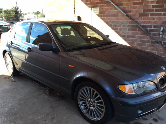 2003 BMW 3 Series for sale at Aiden Motor Company in Portsmouth VA