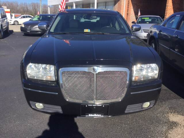 2006 Chrysler 300 for sale at Aiden Motor Company in Portsmouth VA
