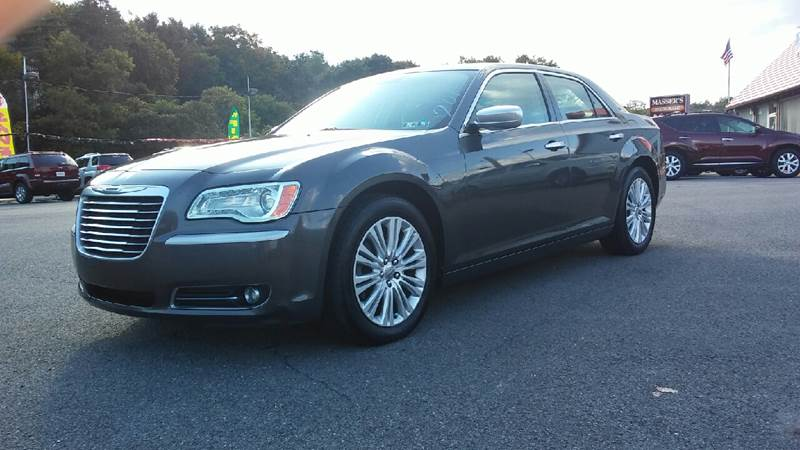 2013 Chrysler 300 for sale at Mulligan's Auto Exchange LLC in Paxinos PA