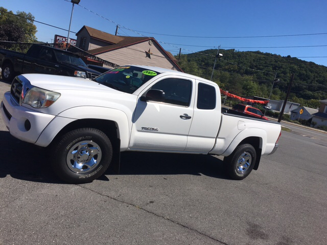 2007 Toyota Tacoma for sale at Mulligan's Auto Exchange LLC in Paxinos PA