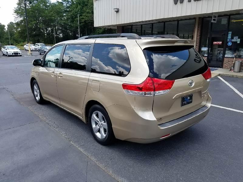 2011 Toyota Sienna LE 8-Passenger 4dr Mini-Van V6 - Columbus GA