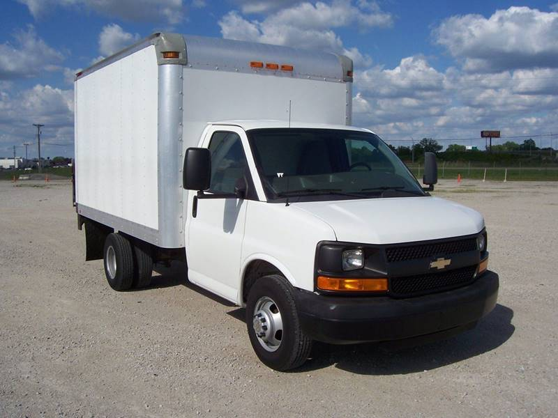 2012 Chevrolet Express Cutaway 3500 2dr 139 in. WB Cutaway Chassis w/ 1WT - Sauget IL