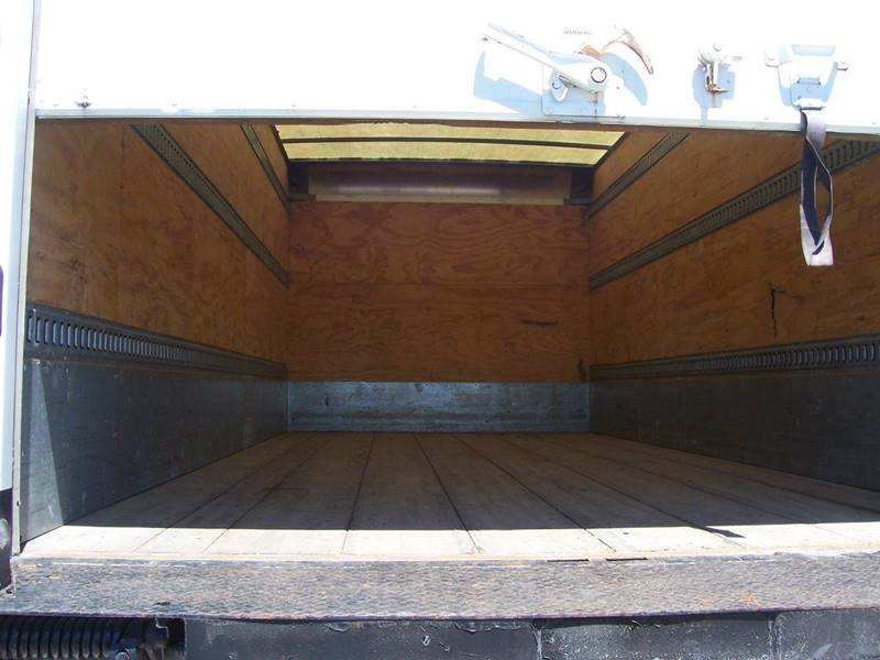 2010 International 4300 BOX TRUCK - Sauget IL