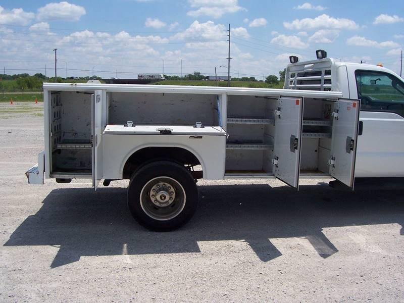 2010 Ford F-450 Super Duty XL Utility-Service Truck - Sauget IL