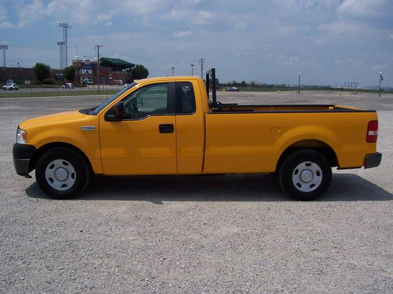 2008 Ford F-150 4x2 XL 2dr Regular Cab Styleside 8 ft. LB - Sauget IL
