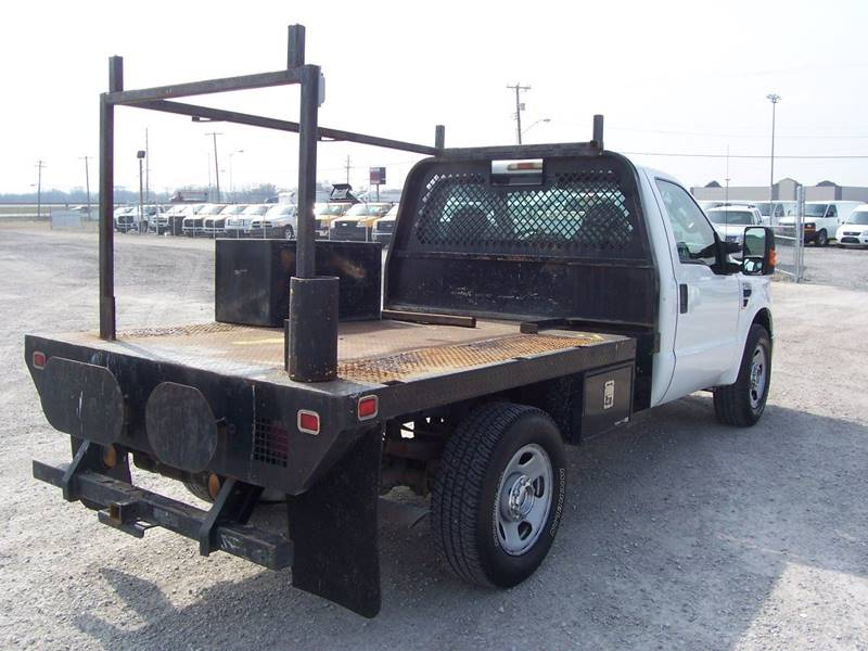2008 Ford F-350 Super Duty XL Flatbed - Sauget IL