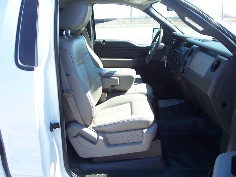 2010 Ford F-150 4x2 XL 2dr Regular Cab Styleside 8 ft. LB - Sauget IL
