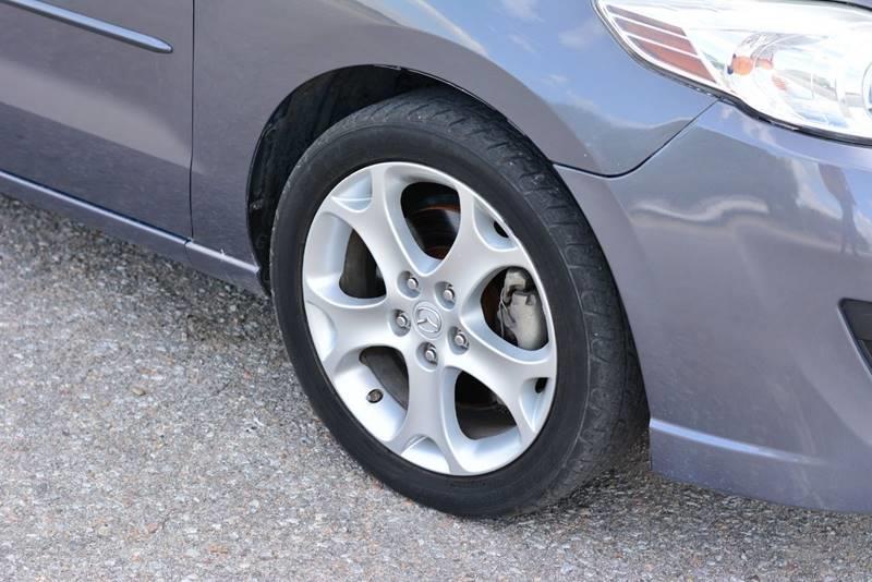 2008 Mazda MAZDA5 for sale at UNISELL AUTO in Omaha NE