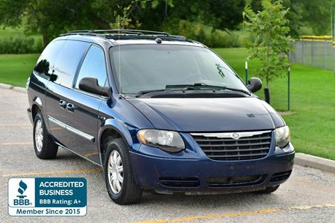 2005 Chrysler Town and Country for sale in Omaha, NE
