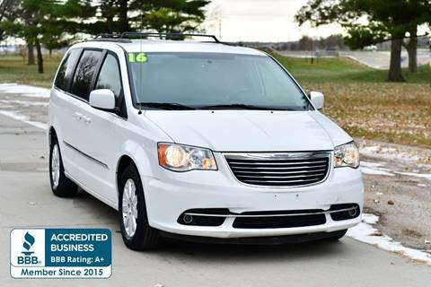 2016 Chrysler Town and Country for sale in Omaha, NE