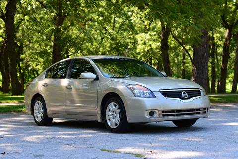 2009 Nissan Altima for sale at UNISELL AUTO in Omaha NE