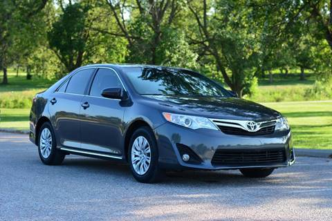 2012 Toyota Camry for sale at UNISELL AUTO in Omaha NE