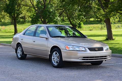 2001 Toyota Camry for sale at UNISELL AUTO in Omaha NE