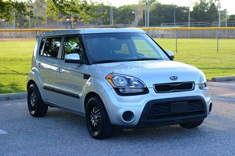 2012 Kia Soul for sale at UNISELL AUTO in Omaha NE