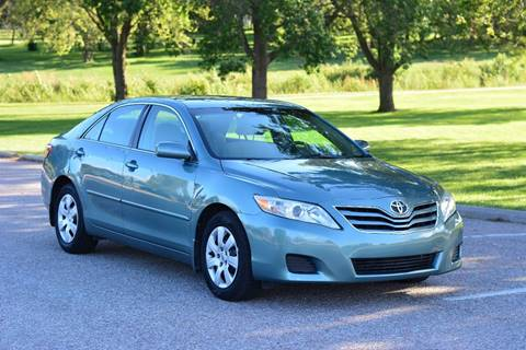 2010 Toyota Camry for sale at UNISELL AUTO in Omaha NE