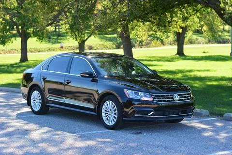 2016 Volkswagen Passat for sale at UNISELL AUTO in Omaha NE