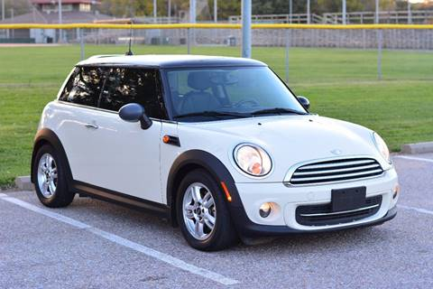 2011 MINI Cooper for sale at UNISELL AUTO in Omaha NE