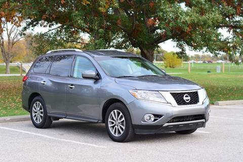 2015 Nissan Pathfinder for sale at UNISELL AUTO in Omaha NE