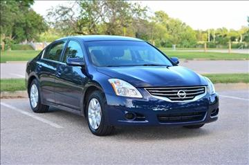2012 Nissan Altima for sale at UNISELL AUTO in Omaha NE