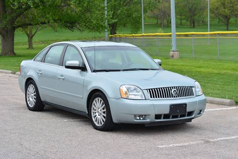 2006 Mercury Montego for sale at UNISELL AUTO in Omaha NE