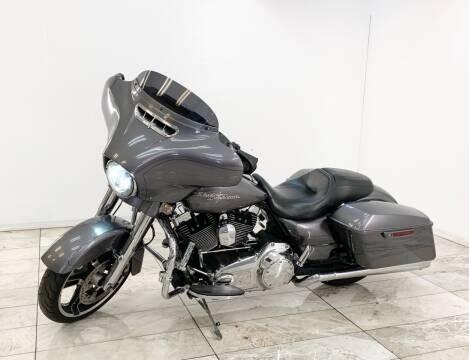 2014 Harley-Davidson Street Glide for sale at Elegant Auto Sales in Rancho Cordova CA
