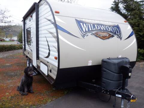 2016 Forest River WILDWOOD 171RBX for sale at Winchester Wholesale Inc in Roseburg OR