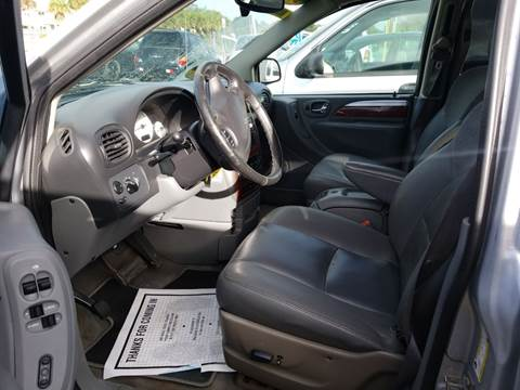 2007 Chrysler Town and Country Limited for sale at Franz Brett Used Cars in Melbourne FL