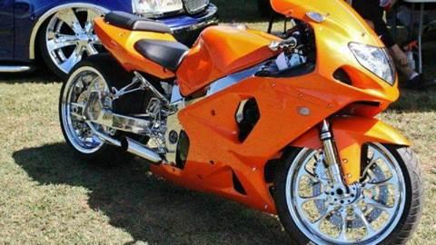 2002 Suzuki GSXR for sale at DLUX Motorsports in Fredericksburg VA