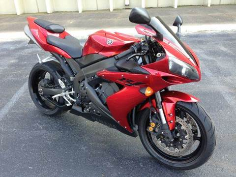 2004 Yamaha YZF-R1 for sale at DLUX Motorsports in Fredericksburg VA