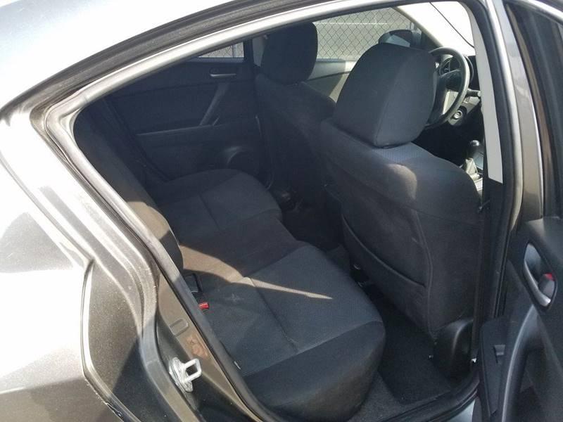 2011 Mazda MAZDA3 i Touring 4dr Sedan 5M - Nampa ID