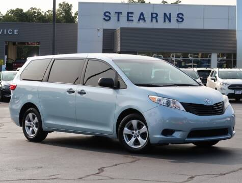 2017 Toyota Sienna for sale at Stearns Ford in Burlington NC