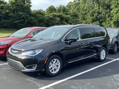 2020 Chrysler Pacifica for sale at Stearns Ford in Burlington NC