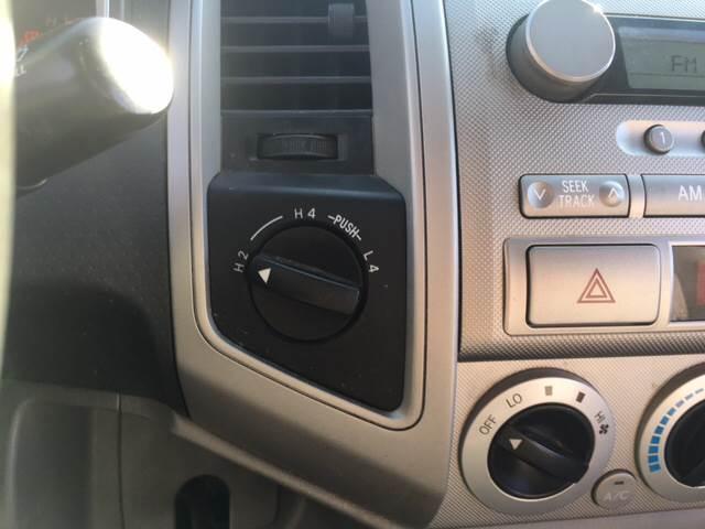 2005 Toyota Tacoma 4dr Access Cab V6 4WD SB - Saylorsburg PA