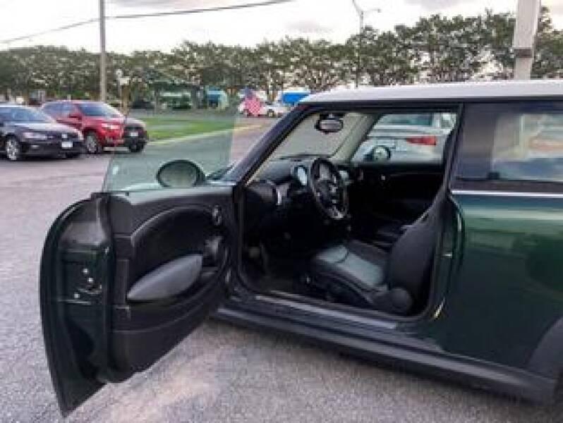2012 MINI Cooper Hardtop 2dr Hatchback - Virginia Beach VA