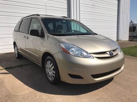 2008 Toyota Sienna for sale in Houston, TX