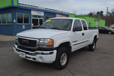 2005 GMC Sierra 2500HD for sale in West Bridgewater, MA