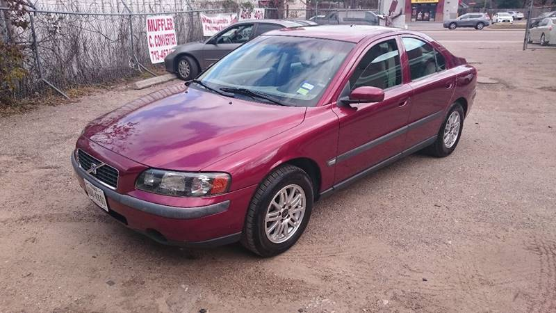 2004 Volvo S60 for sale at 4 Girls Auto Sales in Houston TX