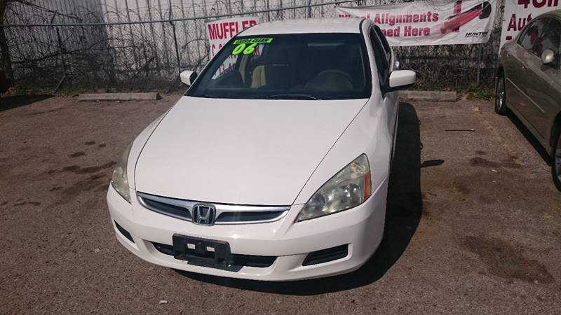 2006 Honda Accord for sale at 4 Girls Auto Sales in Houston TX
