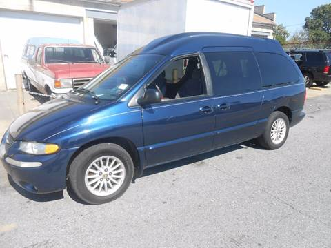 2000 Chrysler Town and Country for sale in Philadelphia, PA